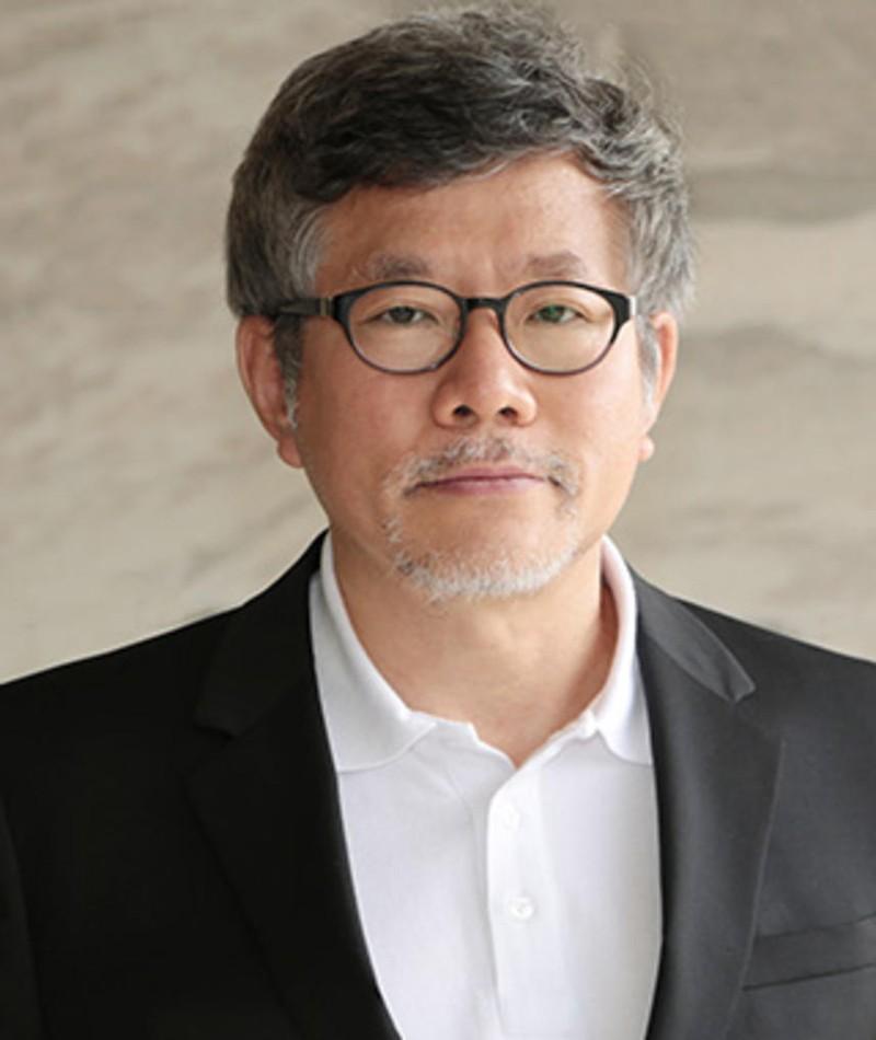 Photo of Choi Yong-Bae