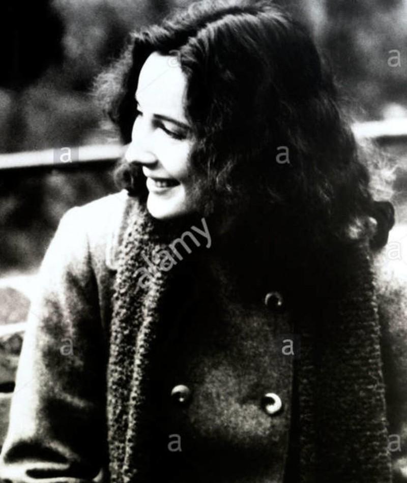 Photo of Jo Henderson
