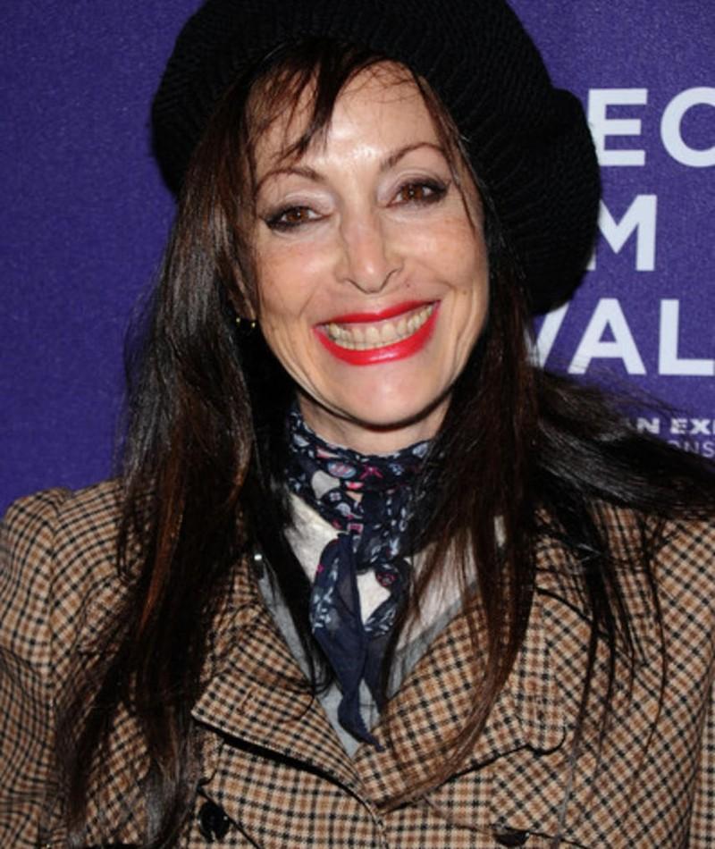 Photo of Roberta Hanley