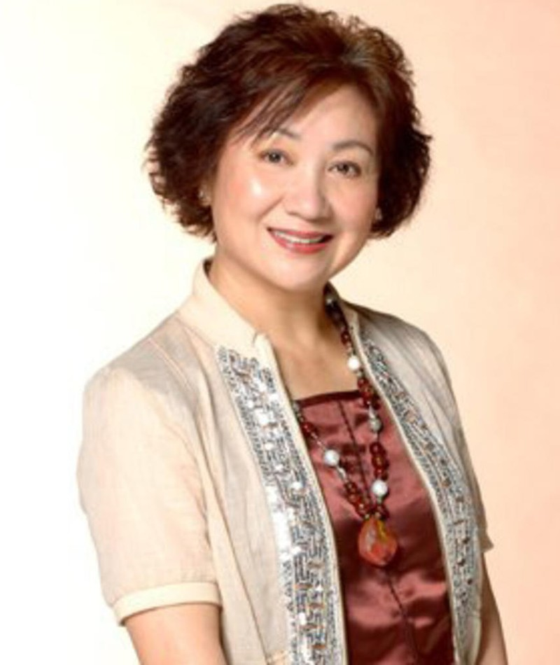 Photo of Paw Hee-ching