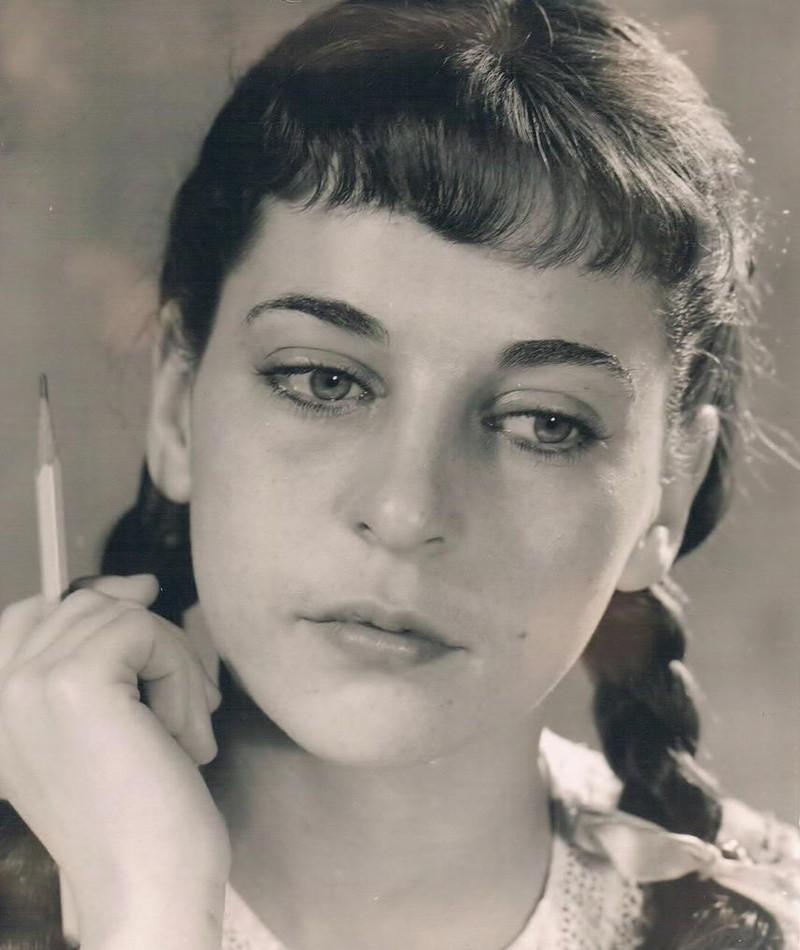 Photo of Dina Doron