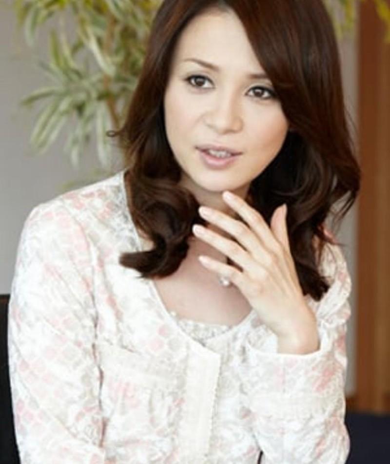 Foto di Kurume Arisaka