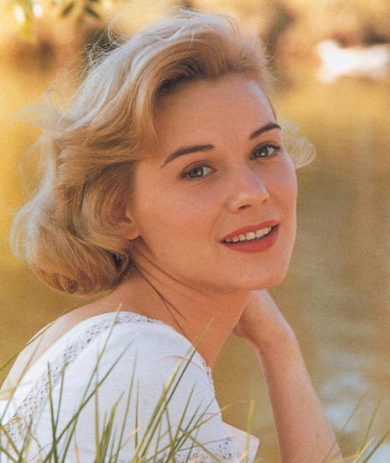 Photo of Hope Lange