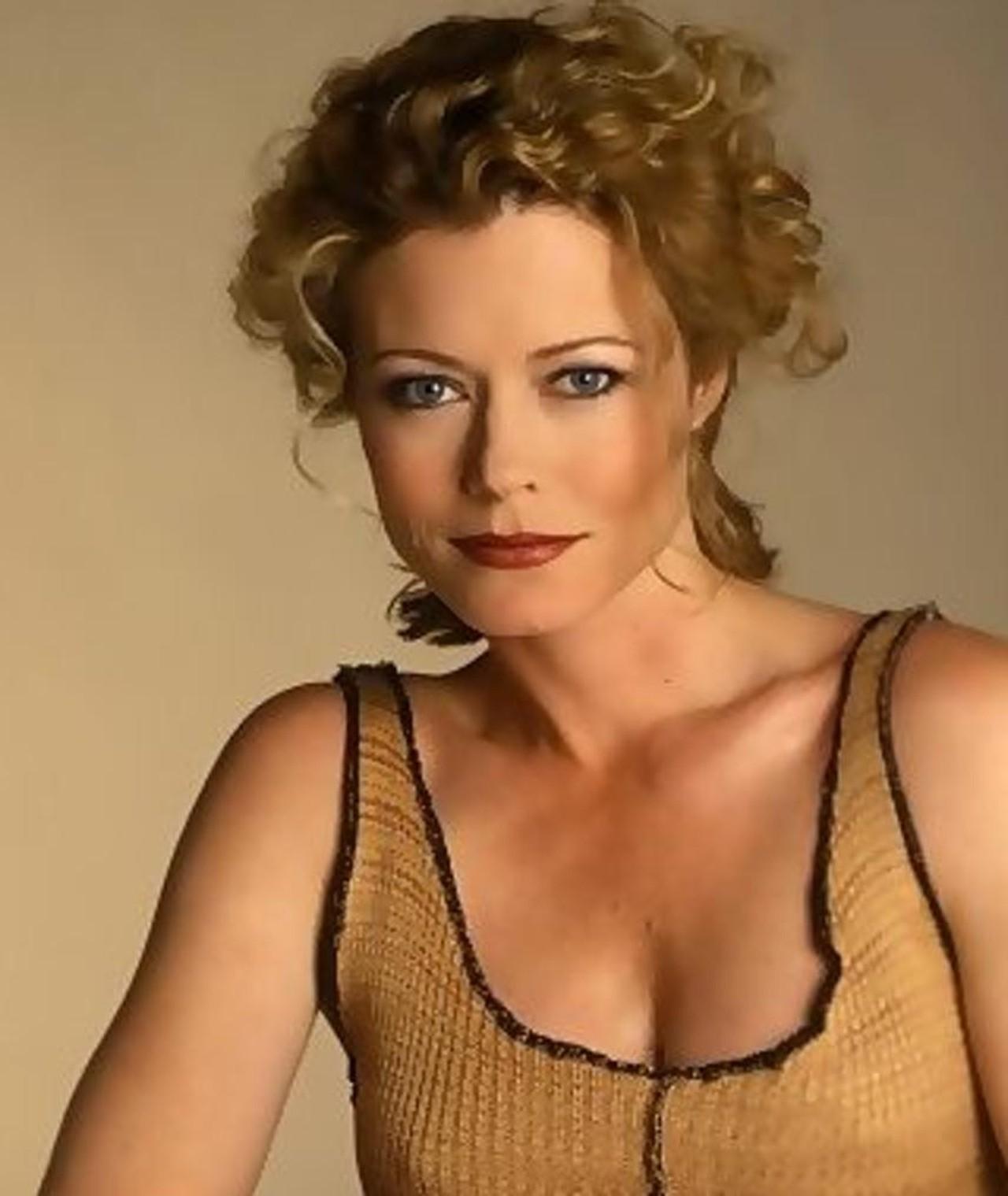 More Pics of Sheree J. Wilson Nude Lipstick (1 of 2
