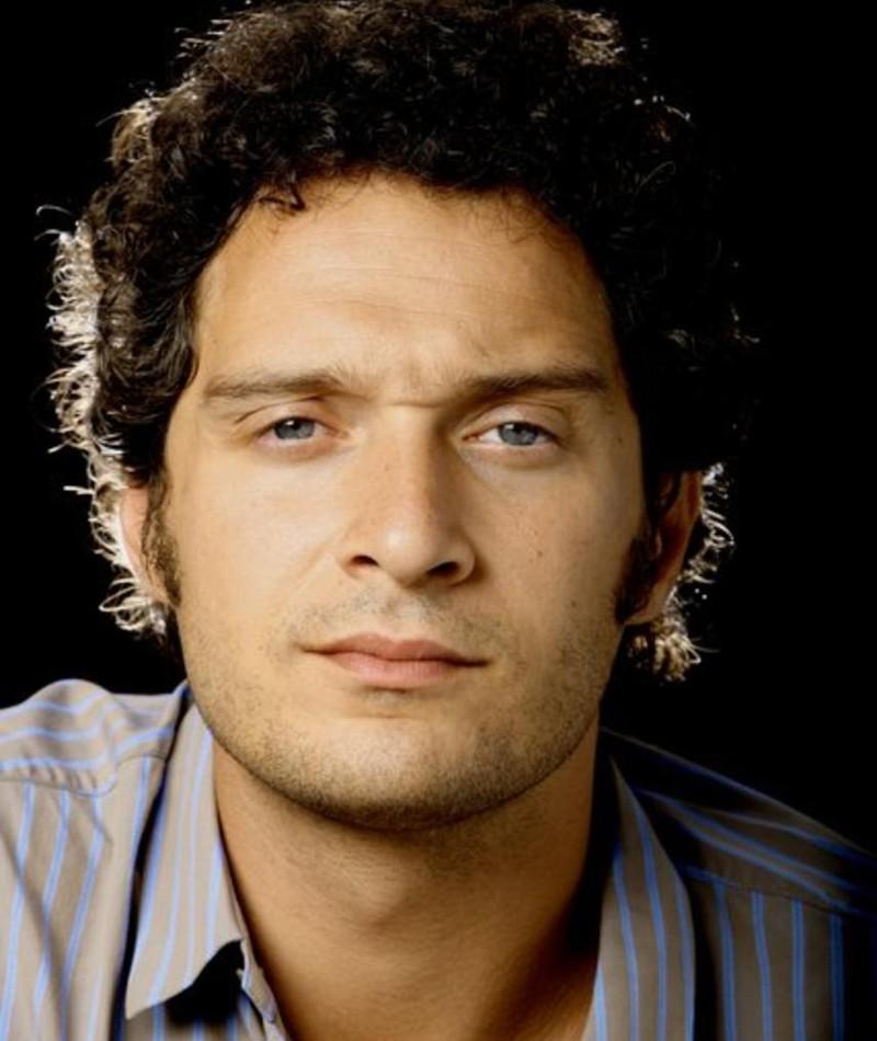 Photo of Claudio Santamaria