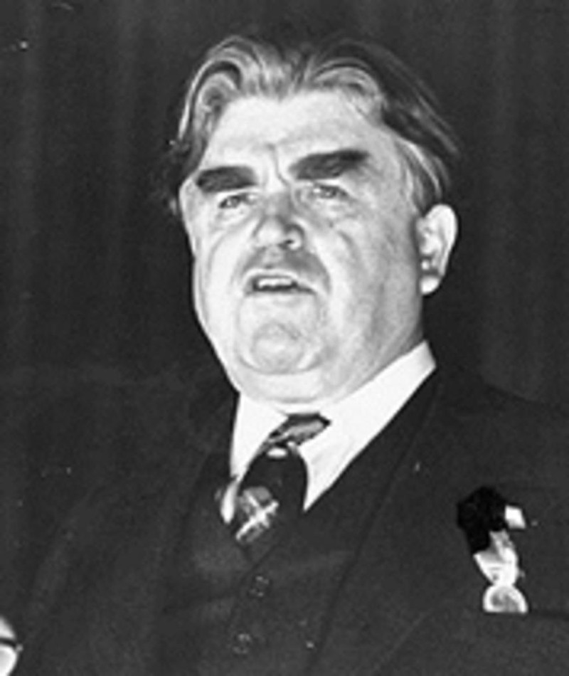Photo of Louis Merrill