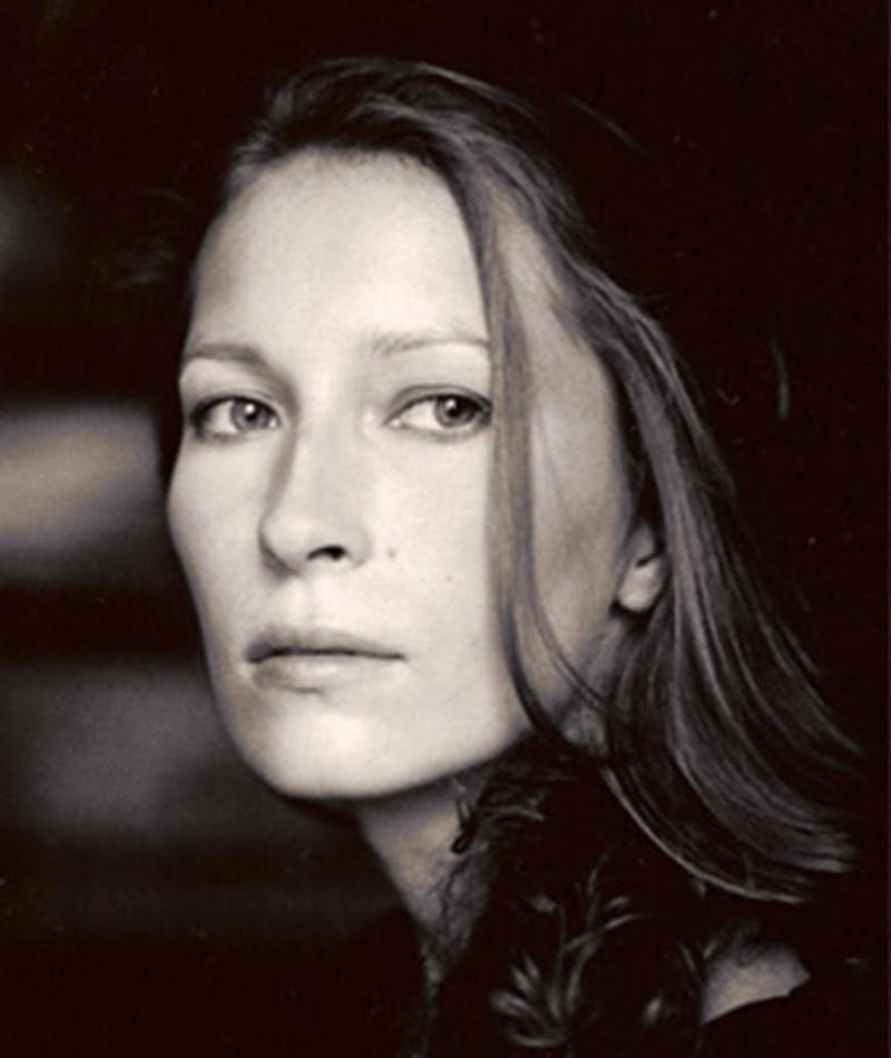 Photo of Dounia Sichov