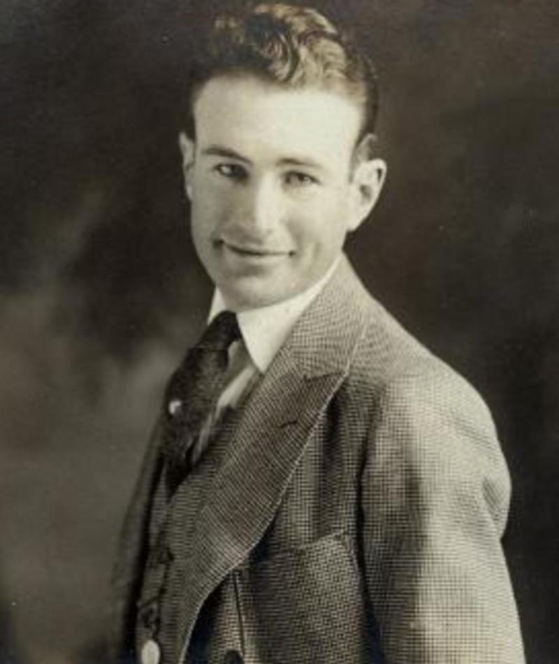 Photo of Harold Young
