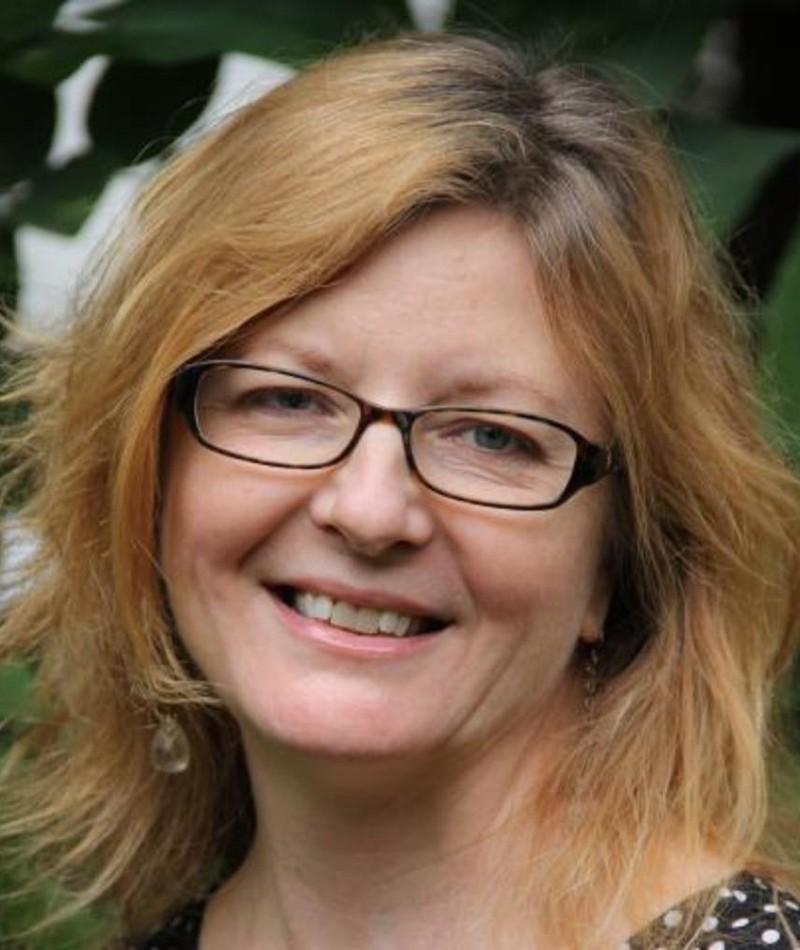 Photo of Leslie Simmer