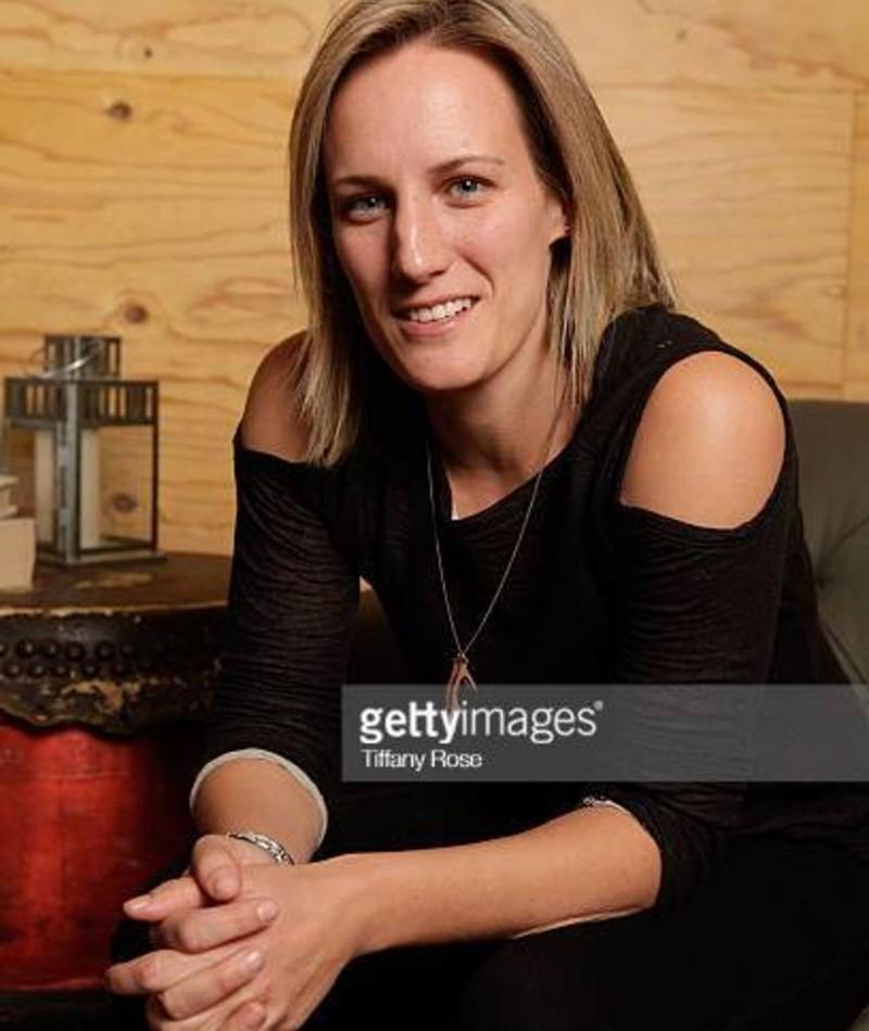 Photo of Nicola Marsh