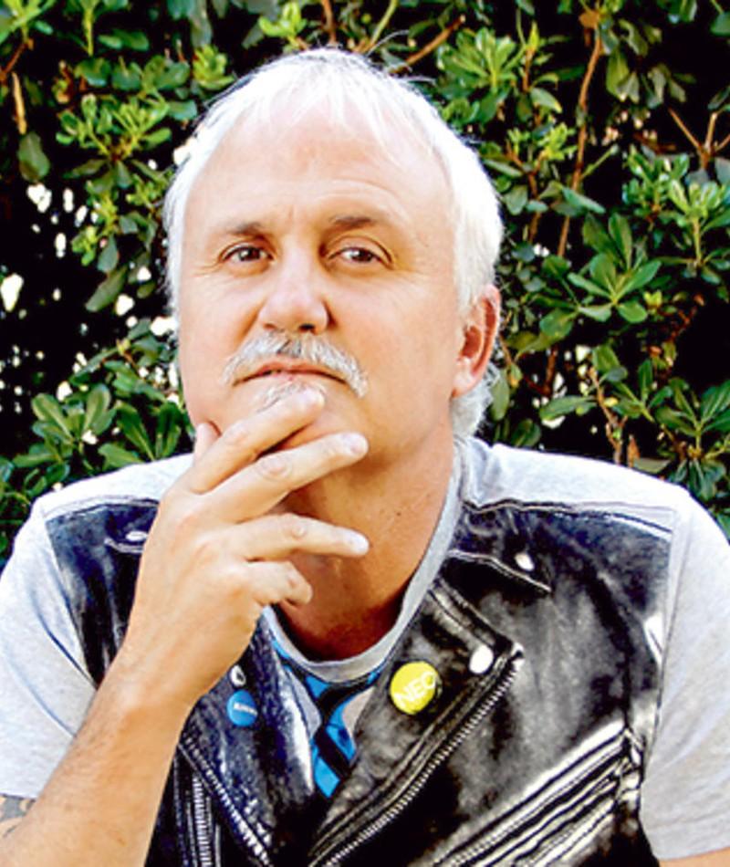 Photo of Roberto Artiagoitía