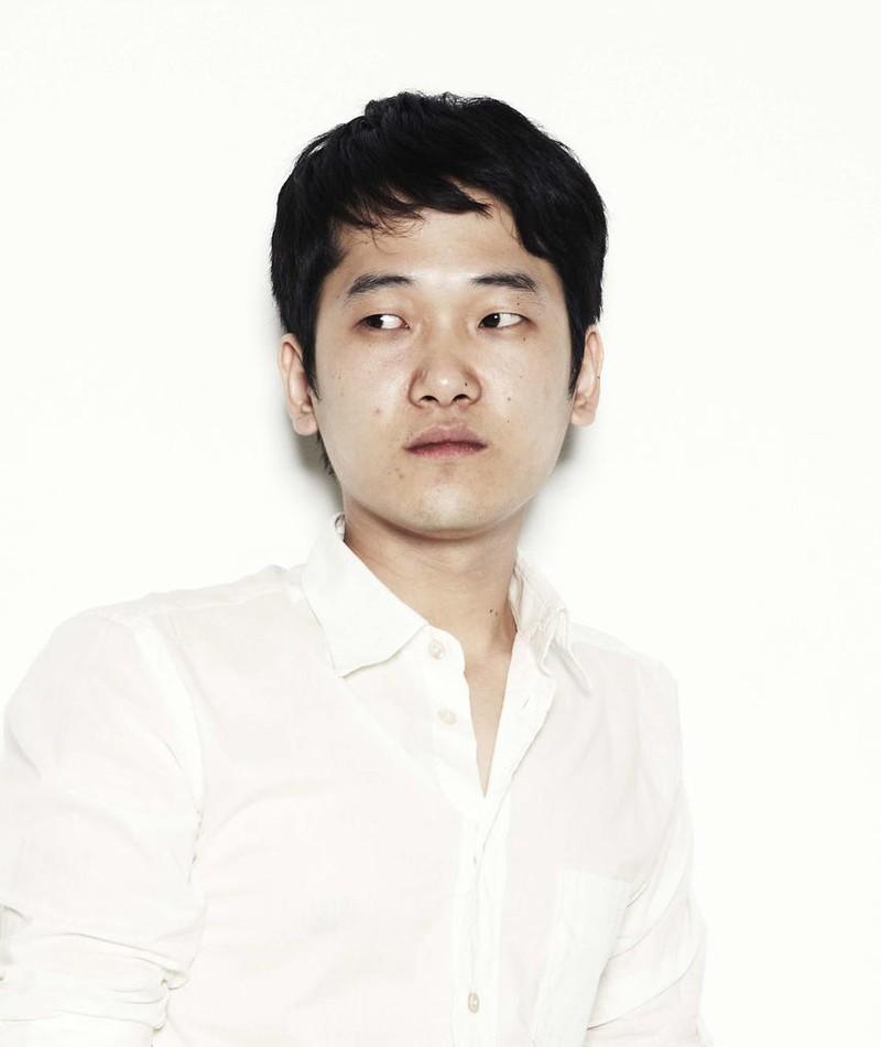 Photo of Kim Kyung-Mook