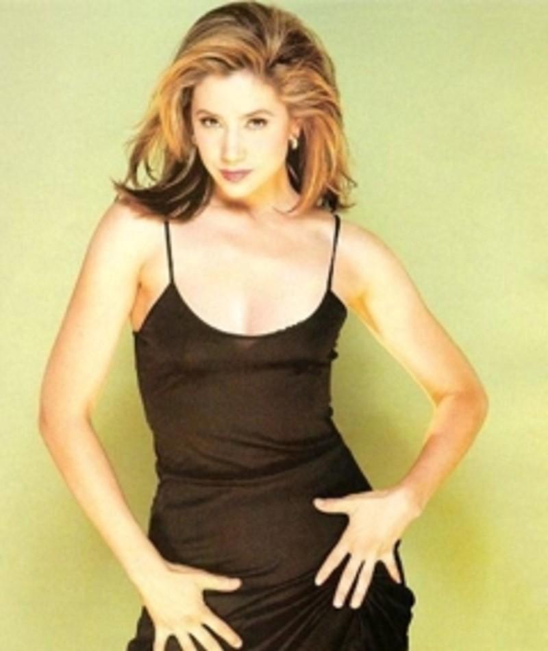 Photo of Mira Sorvino