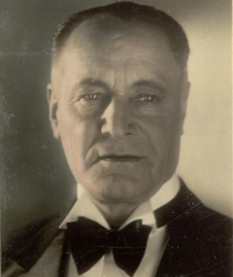 Heinrich Schroth fotoğrafı