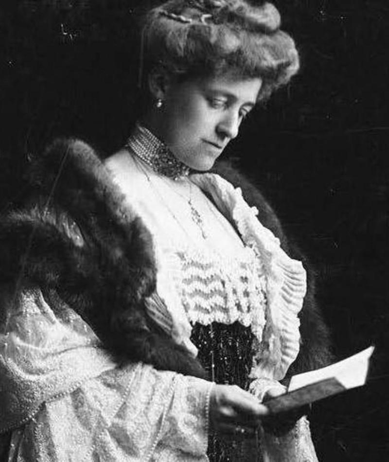 Photo of Edith Wharton