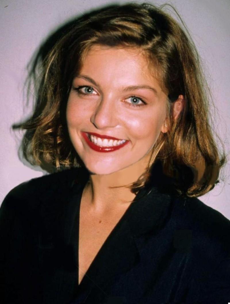 Photo of Sheryl Lee