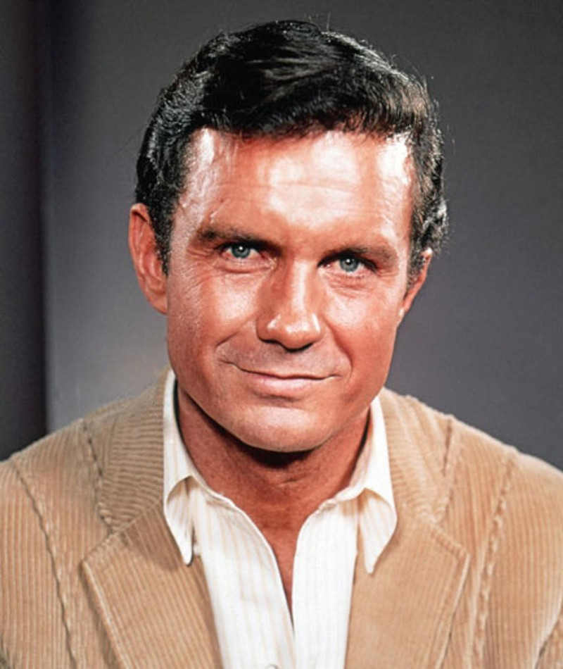 Photo of Cliff Robertson