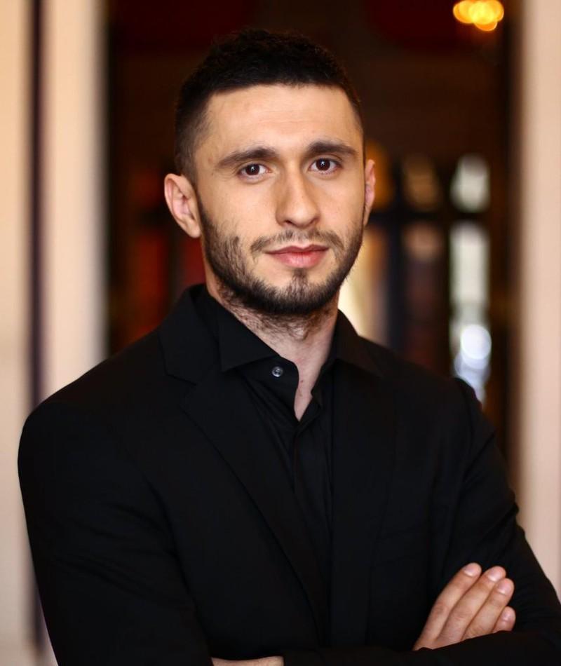 Photo of Dragoş Bucur
