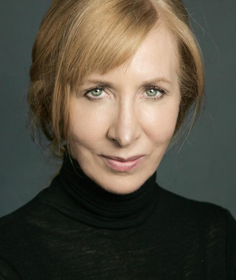 Photo of Elizabeth Moynihan