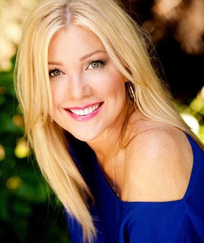 Photo of Jennifer Aspen