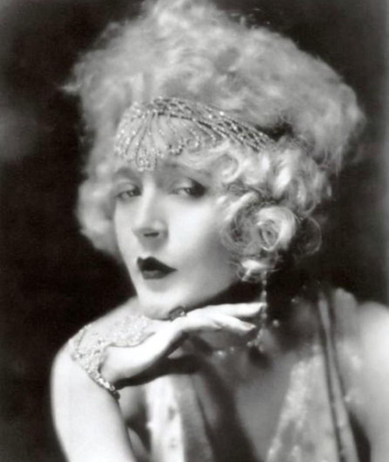 Photo of Mae Murray