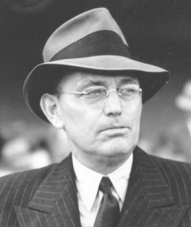 Photo of Damon Runyon