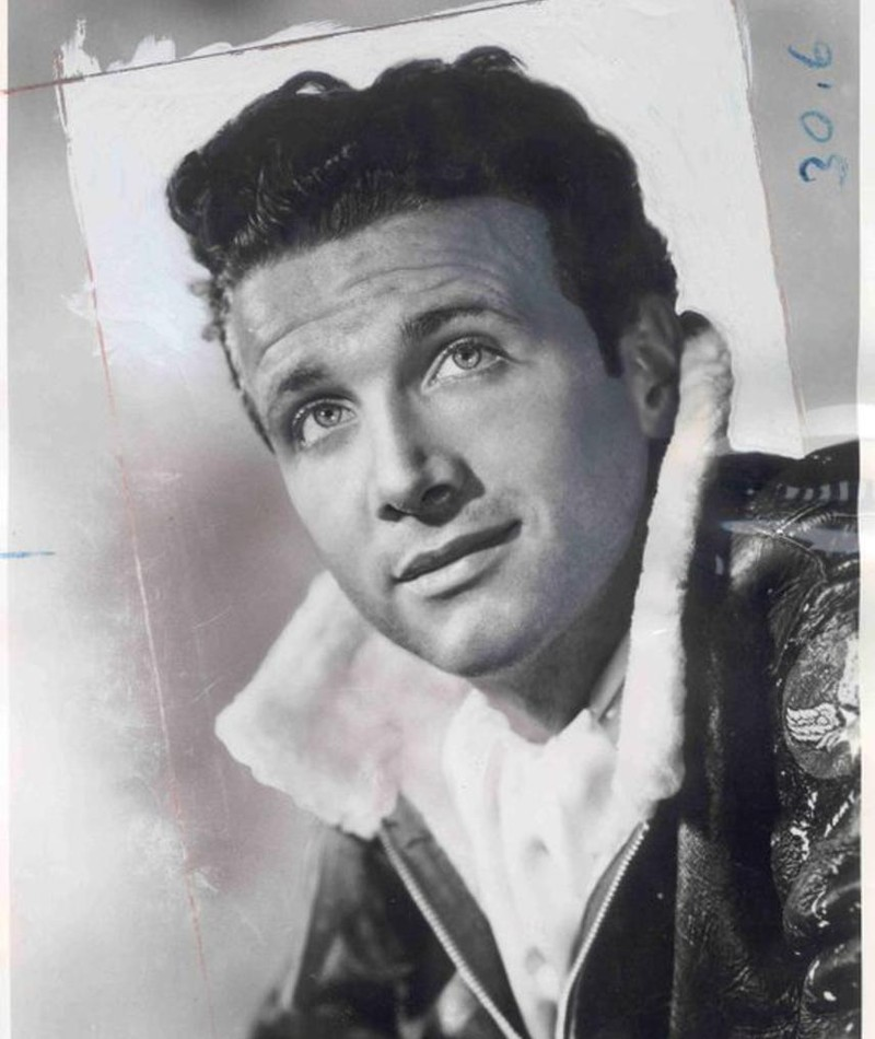 Photo of Hall Bartlett