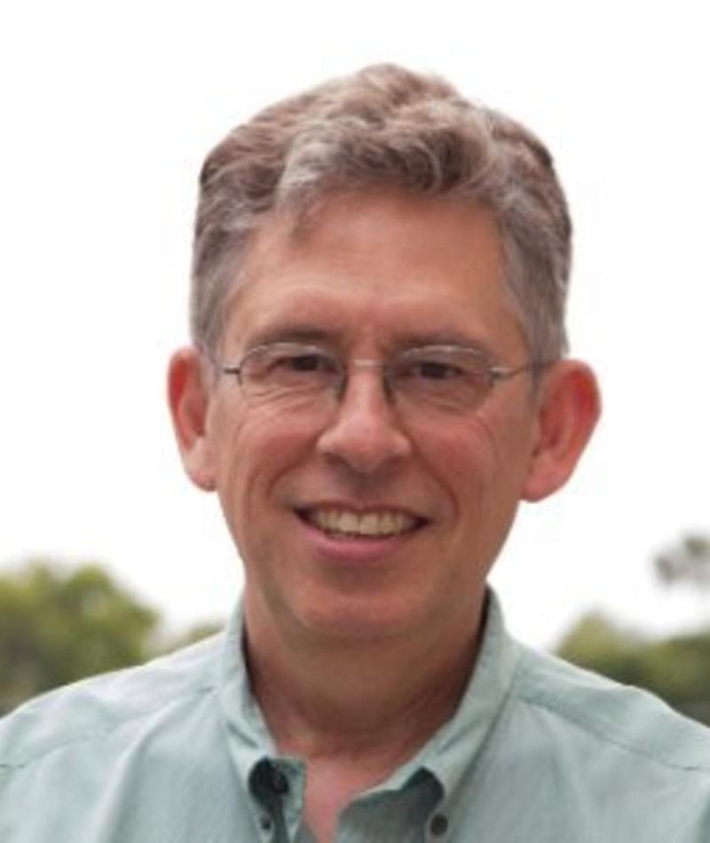 Photo of Hoyt Yeatman