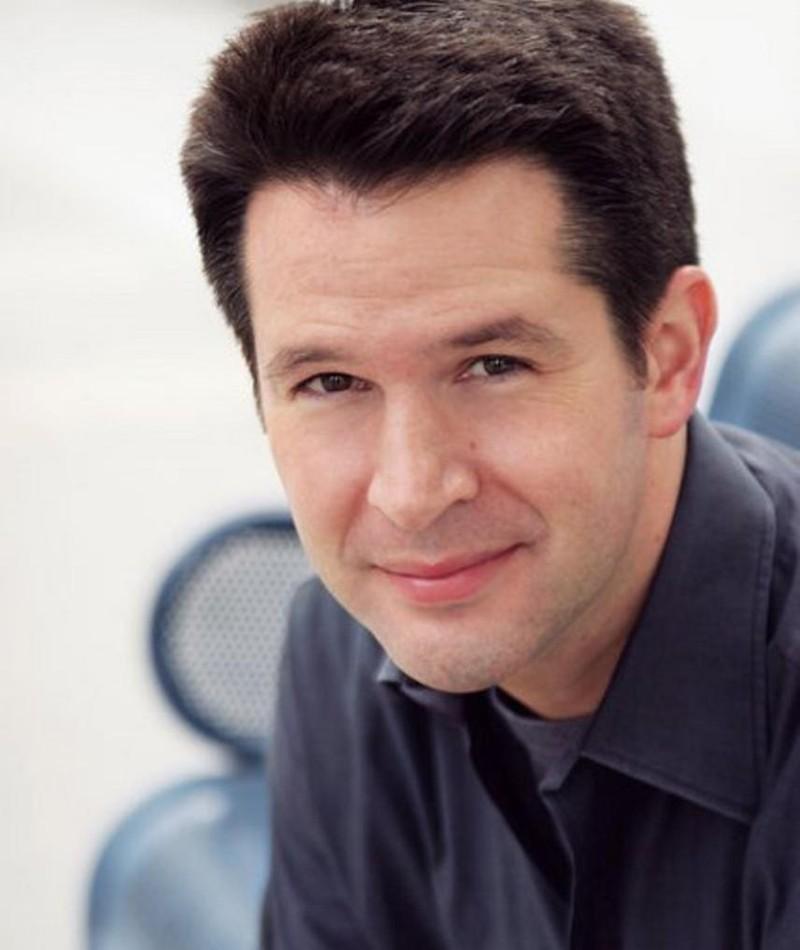 Photo of Simon Kinberg