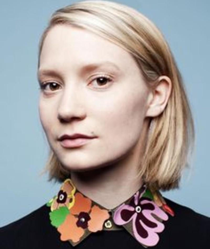 Photo of Mia Wasikowska