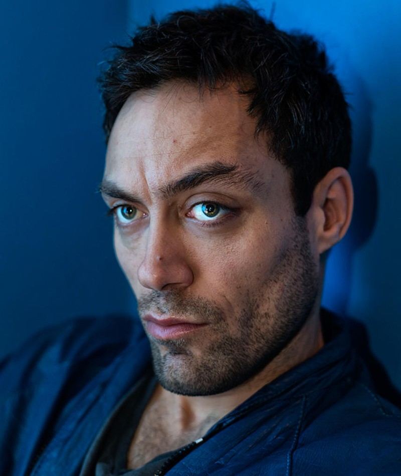 Photo of Alex Hassell