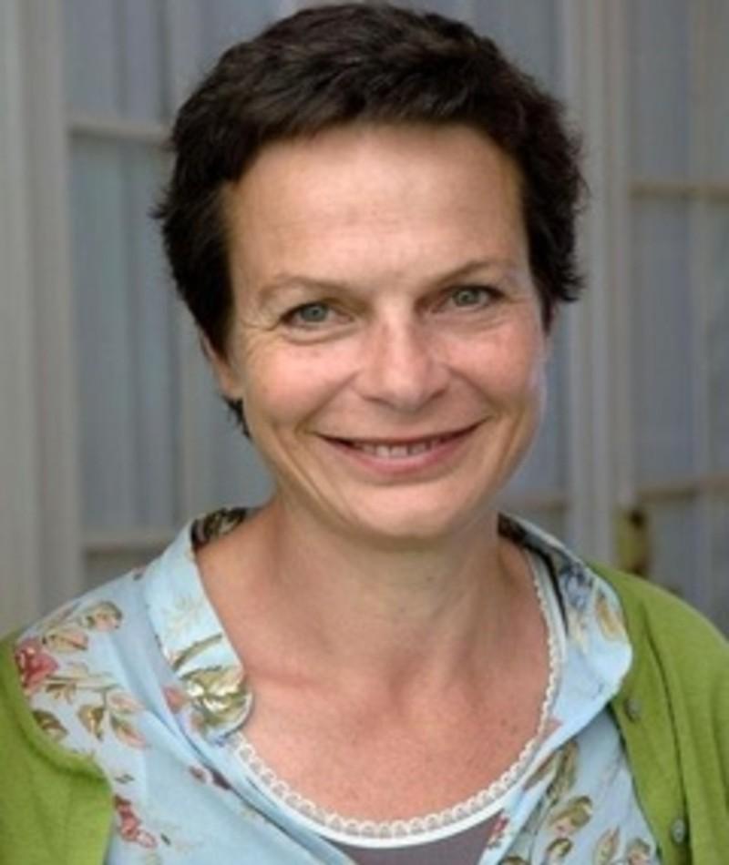Photo of Sarah Watt