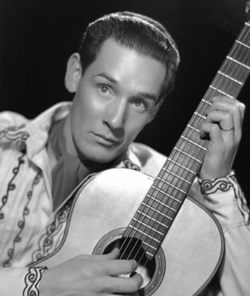 Photo of Tito Guízar