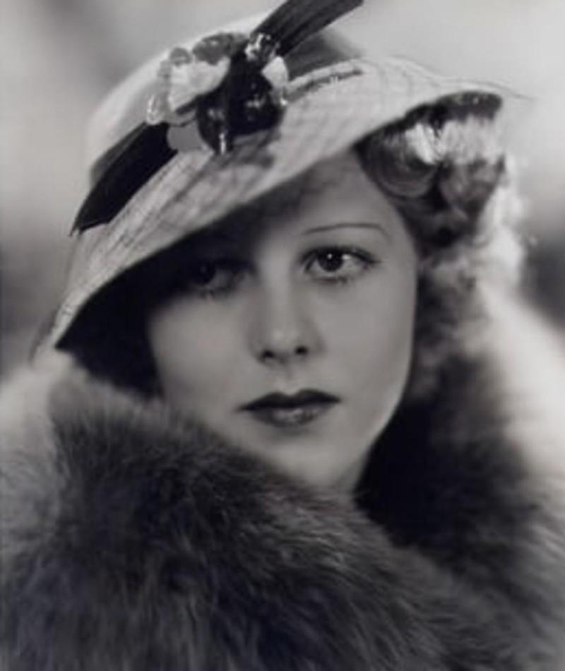 Gambar Shirley Deane