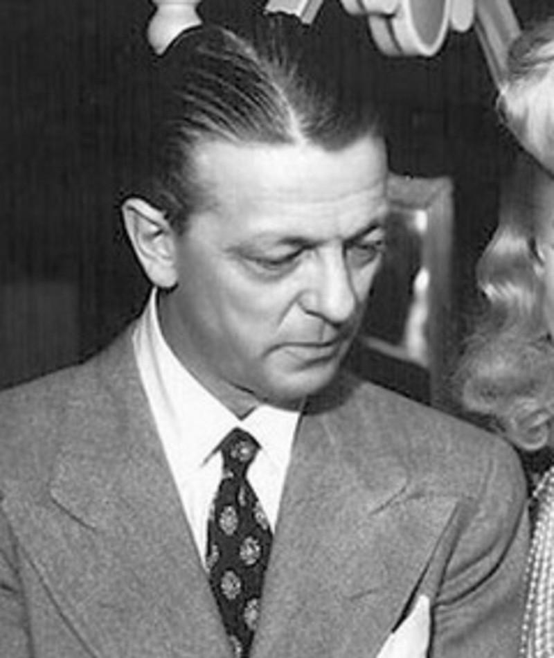Photo of Alexander Hall
