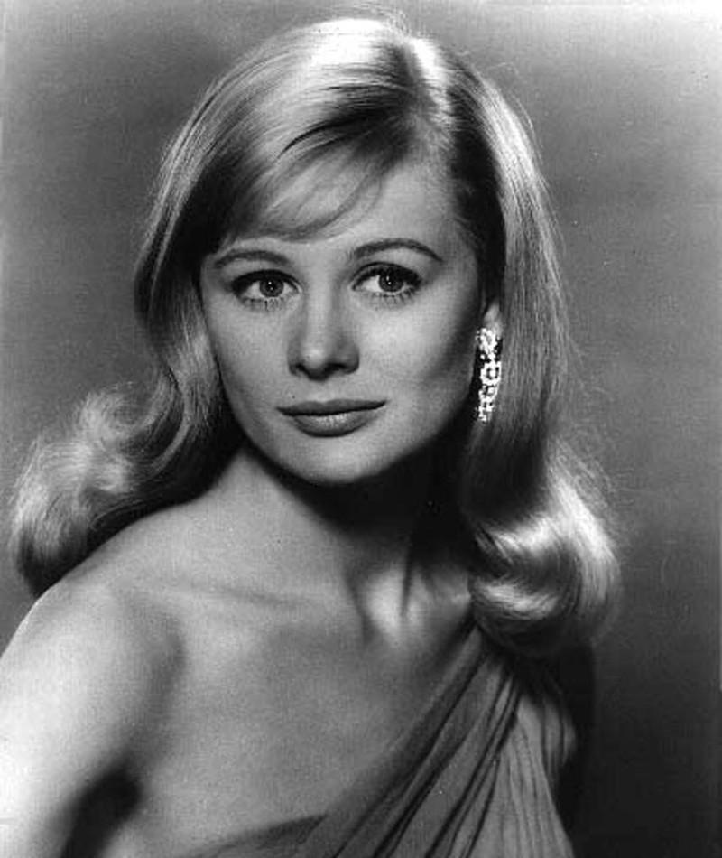 Photo of Shirley Knight
