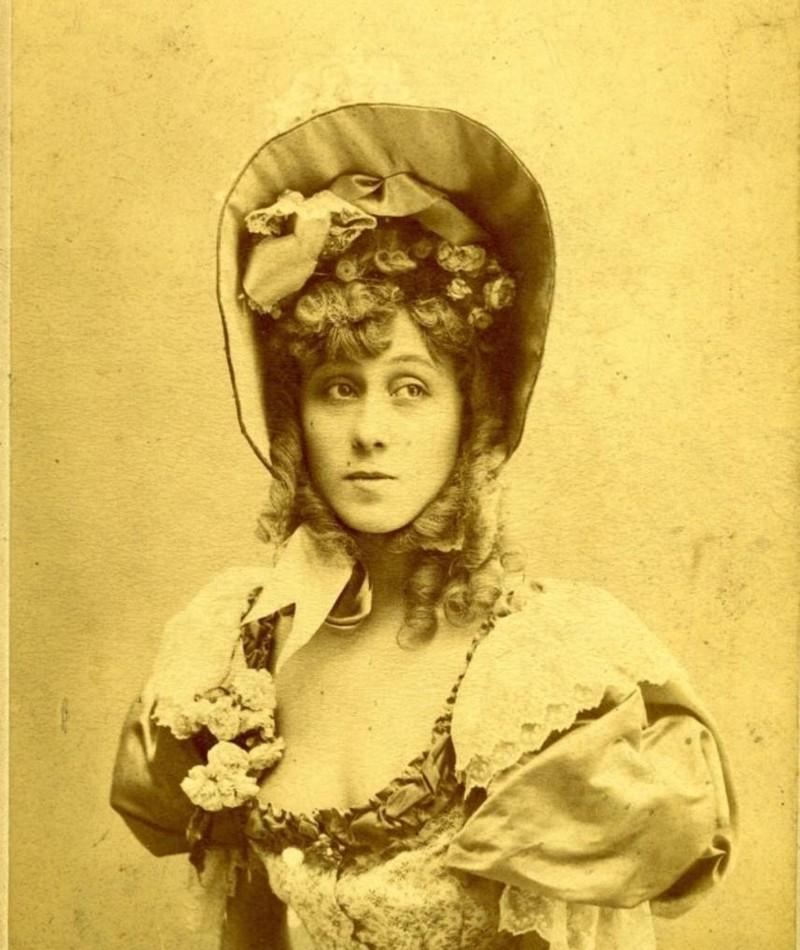 Photo of Jane Avril
