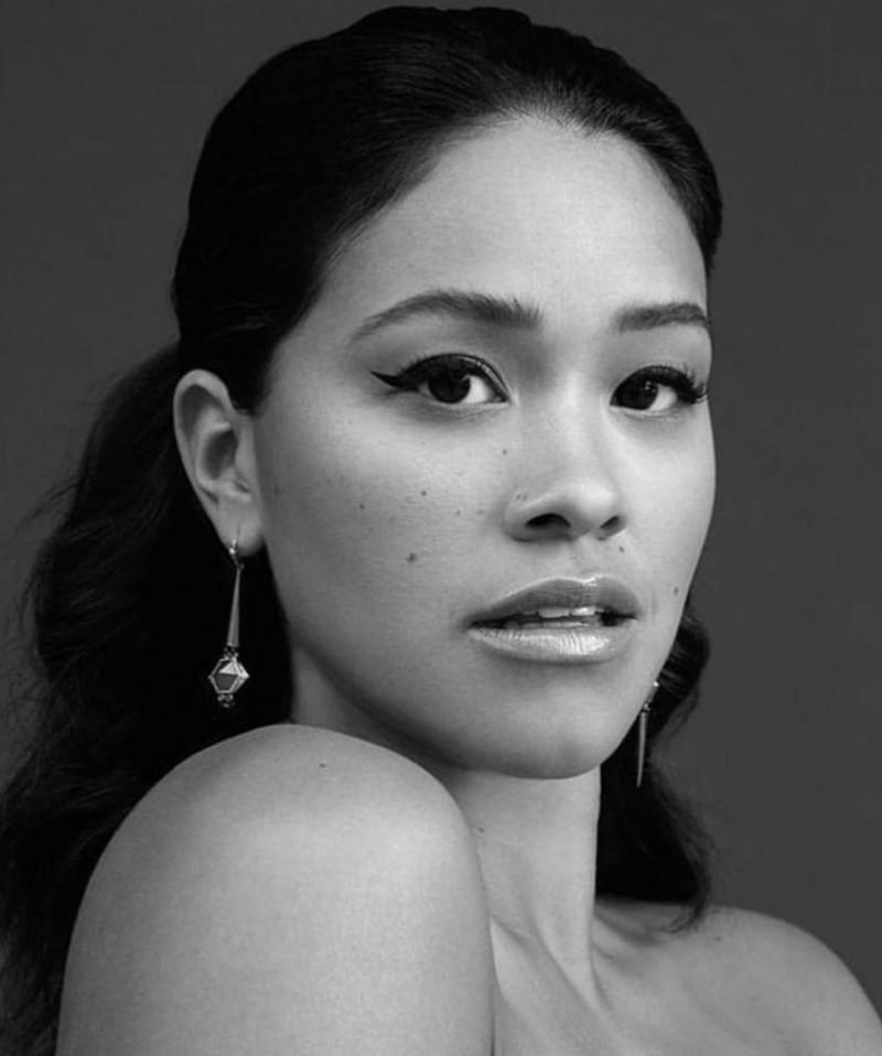 Gambar Gina Rodriguez