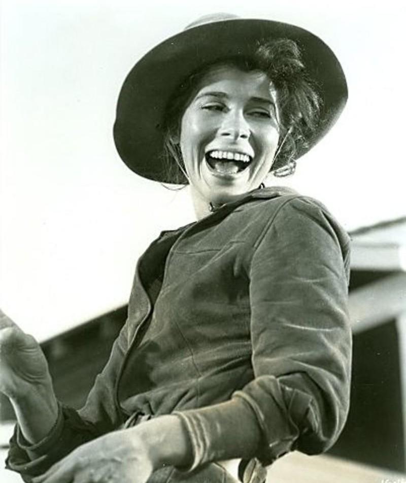 Photo of Joan Hackett