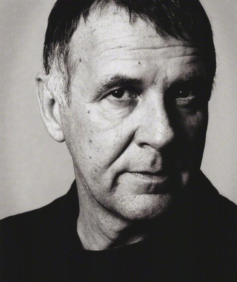 Photo of Tom Wilkinson