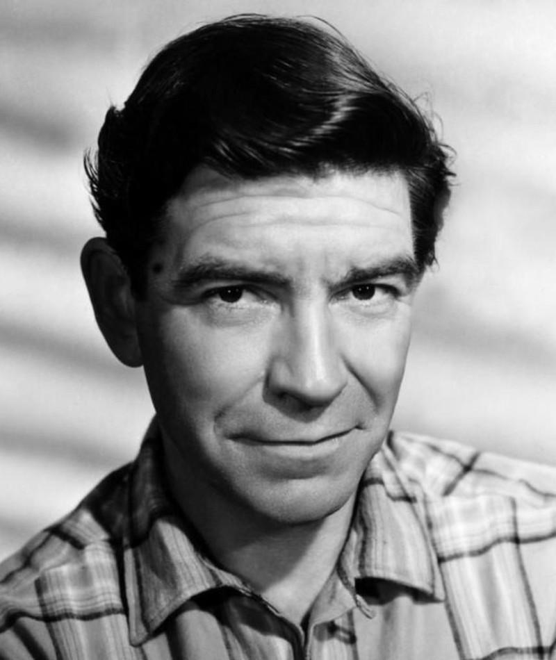 Photo of Robert Beatty