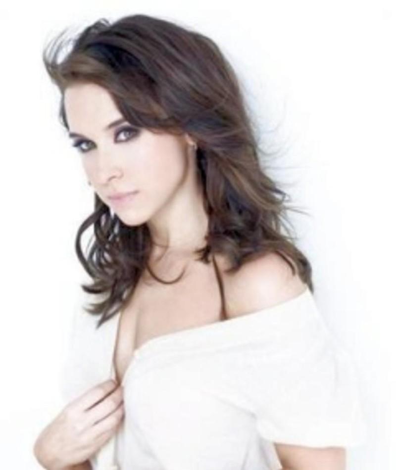 Photo of Lacey Chabert