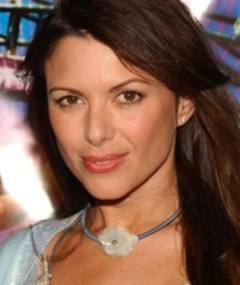 Photo of Kari Wuhrer