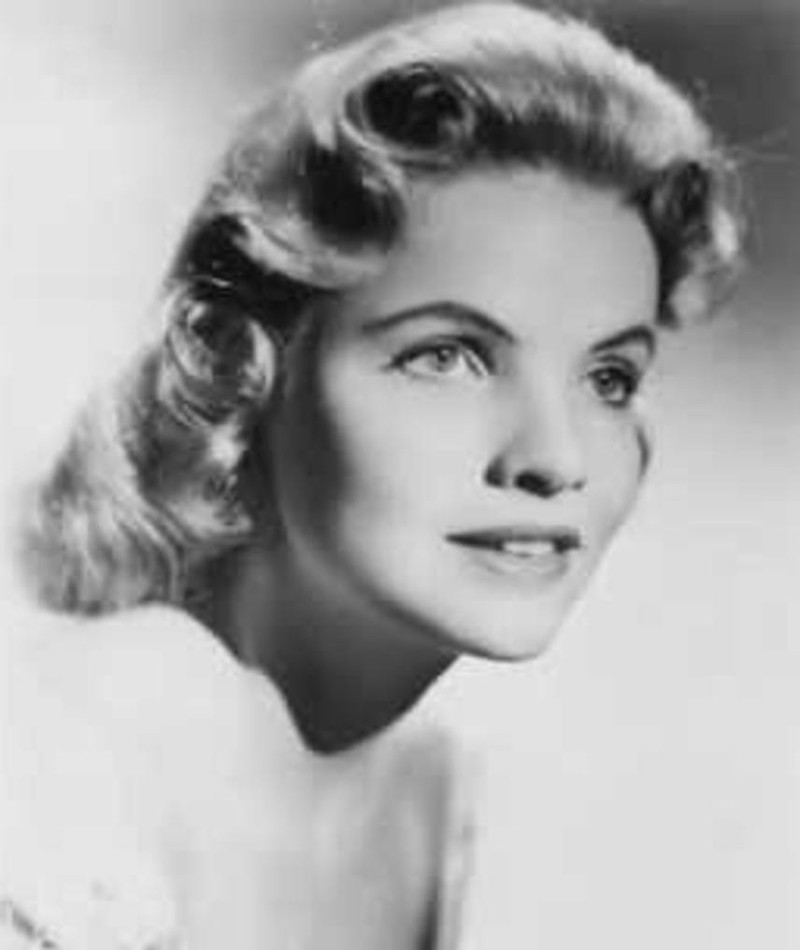 Photo of Maureen Arthur