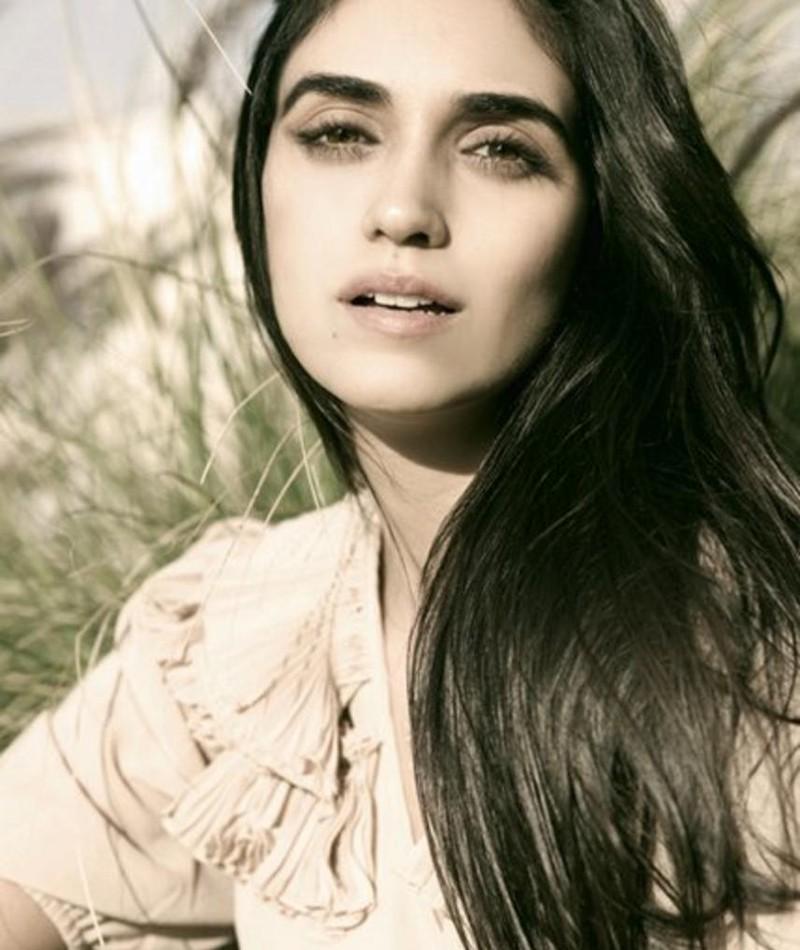 Photo of Liraz Charhi