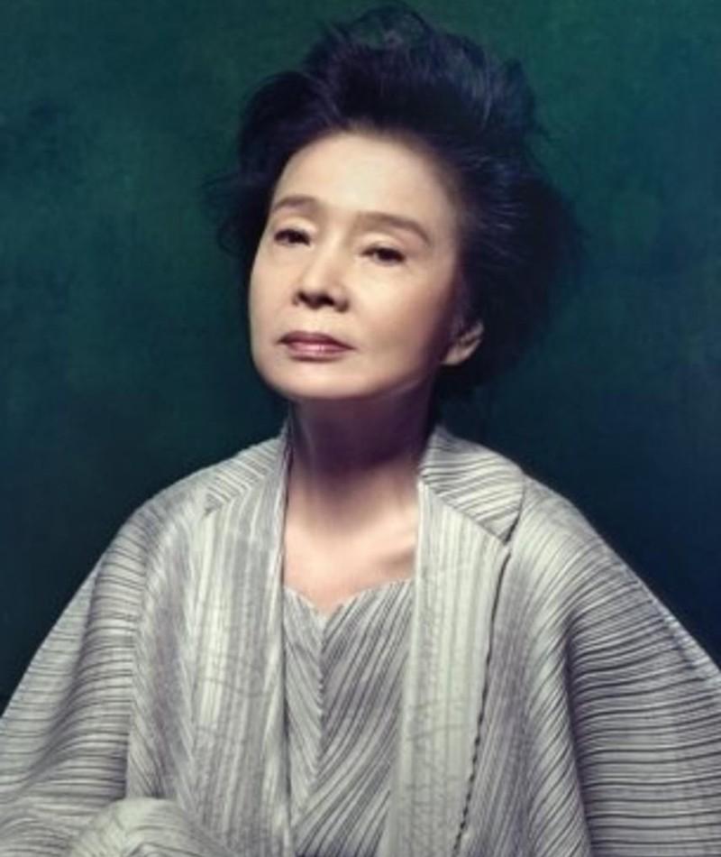 Photo of Yun Jeong-hie