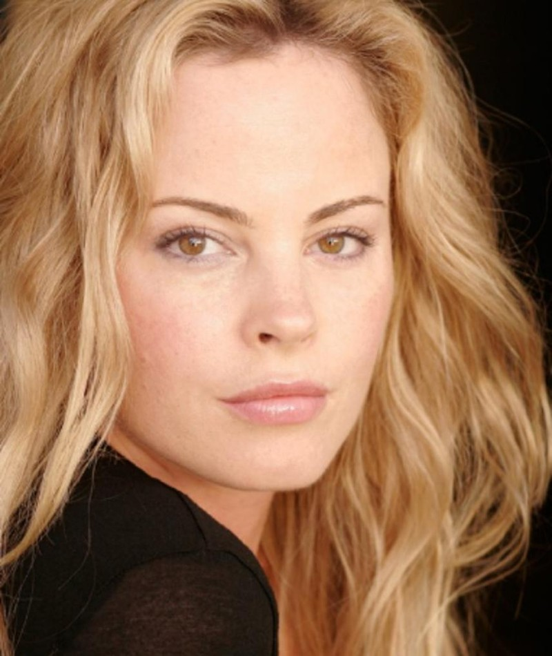 Photo of Chandra West