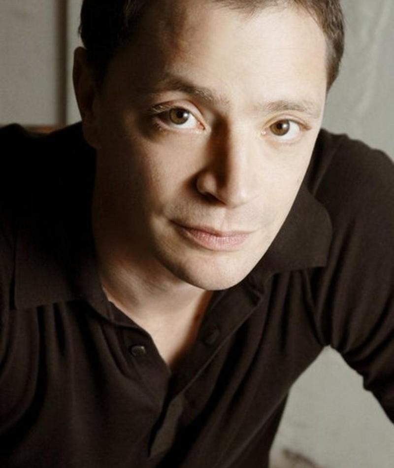 Photo of Joshua Malina