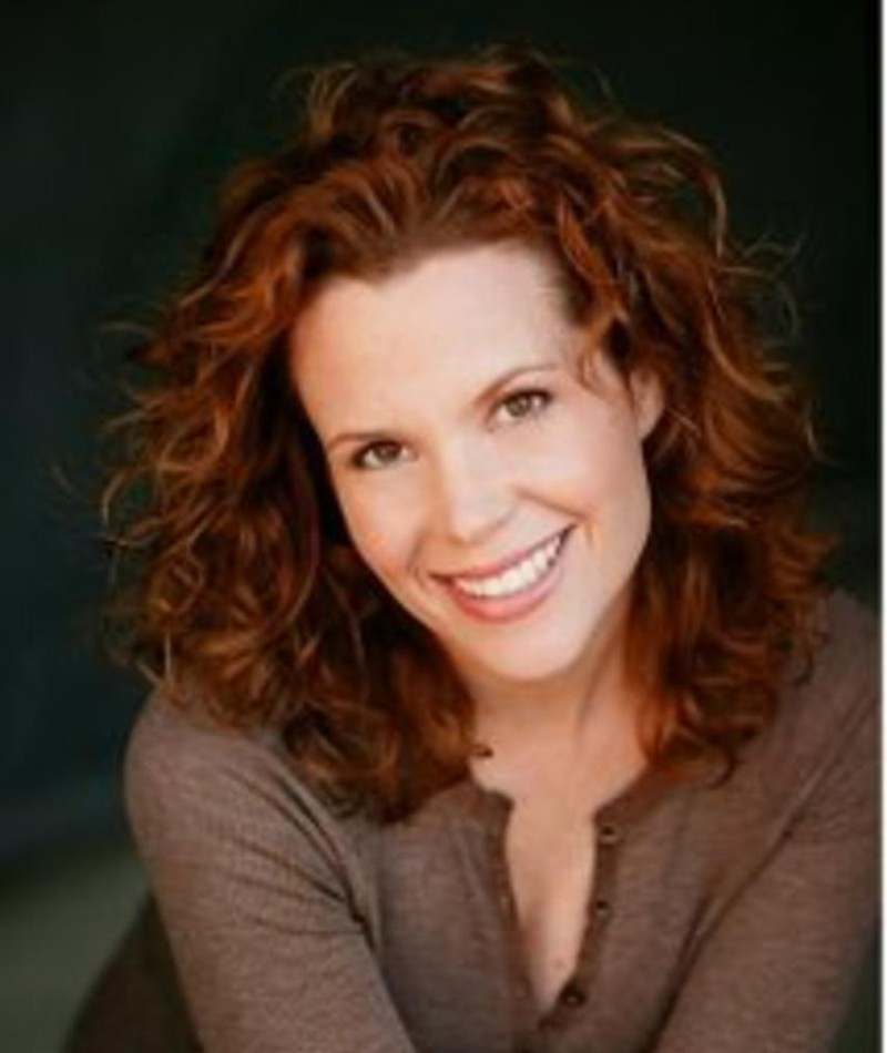 Photo of Robyn Lively