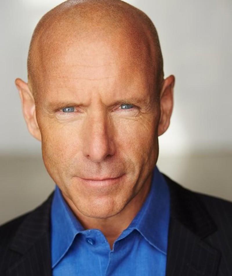 Photo of Hugh Dillon